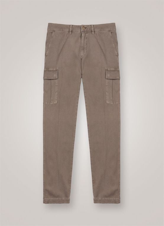 Pantaloni tasconati in cotone stretch