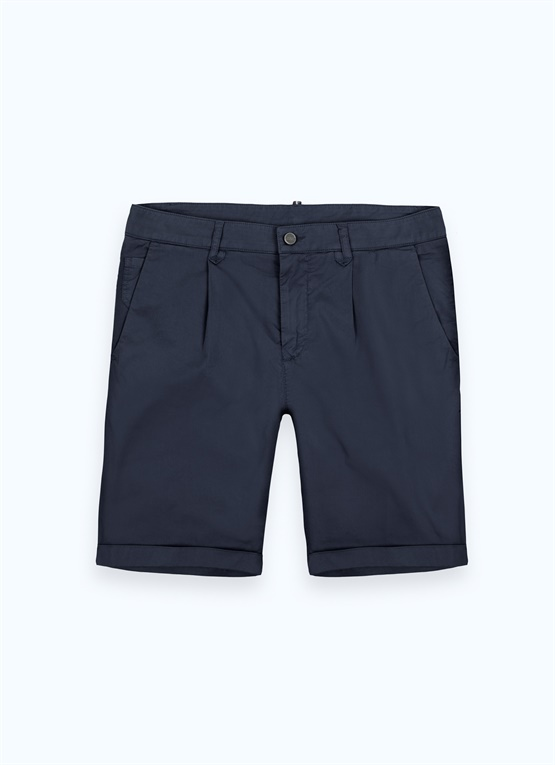 Stretch cotton shorts with darts