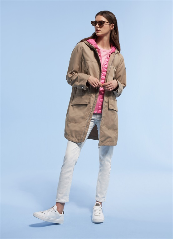 Cotton Research trench with down details