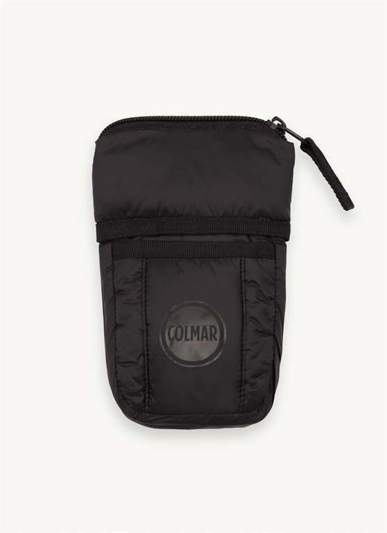 Vertical wad-padded pouch